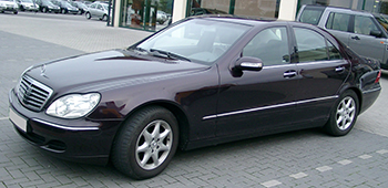 Mercedes_W220_